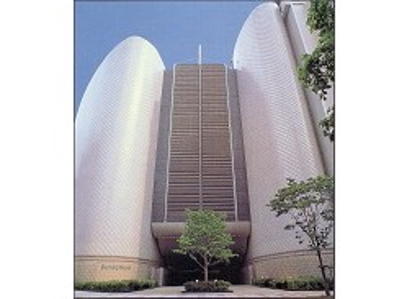 日本初の大型複合文化施設「Bunkamura」を運営する株式会社東急文化村での求人です。